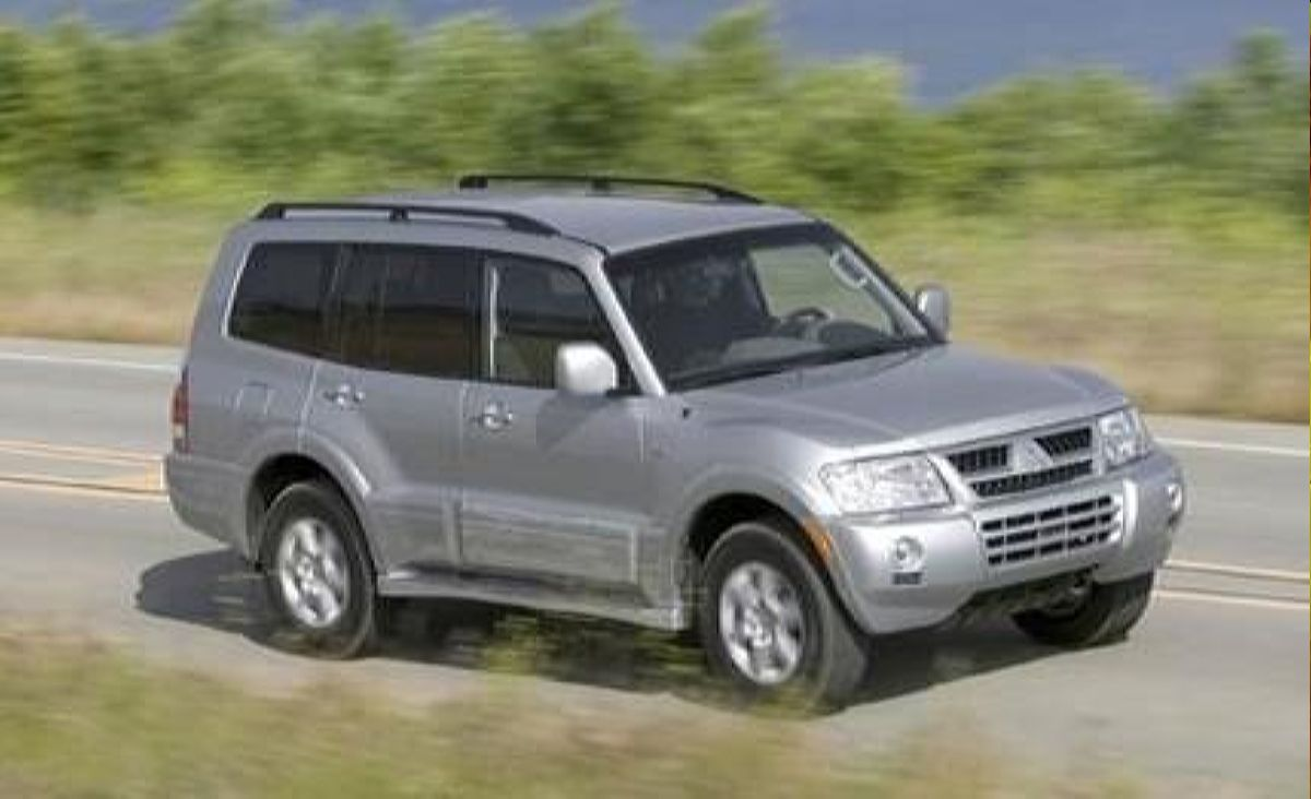 جيب نيسان 2005 - أعلى 2005 Ford Explorer Vs. Jeep Grand Cherokee, Mitsubishi Montero نموذج