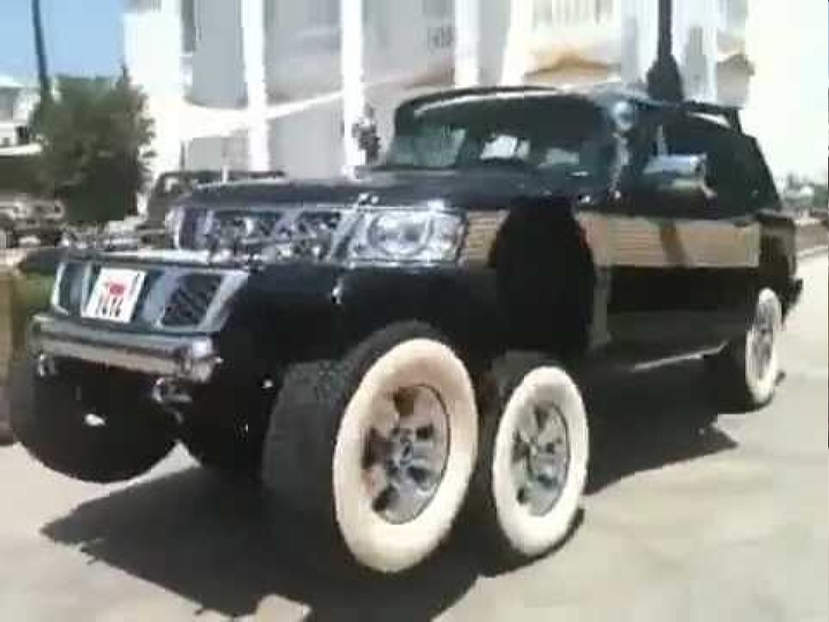نيسان 8 عجلات - أعلى Arab Wealth Has No Taste- 6 Wheel Nissan Patrol Contraption! Youtube تصميم