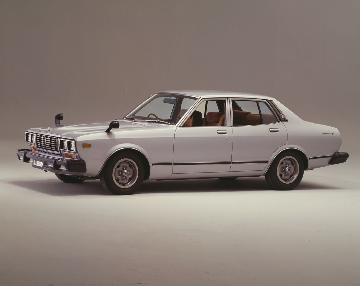 نيسان 79 - أعلى Nissan Bluebird Sedan 2000 G6 Ef (810) '1978–79 نموذج