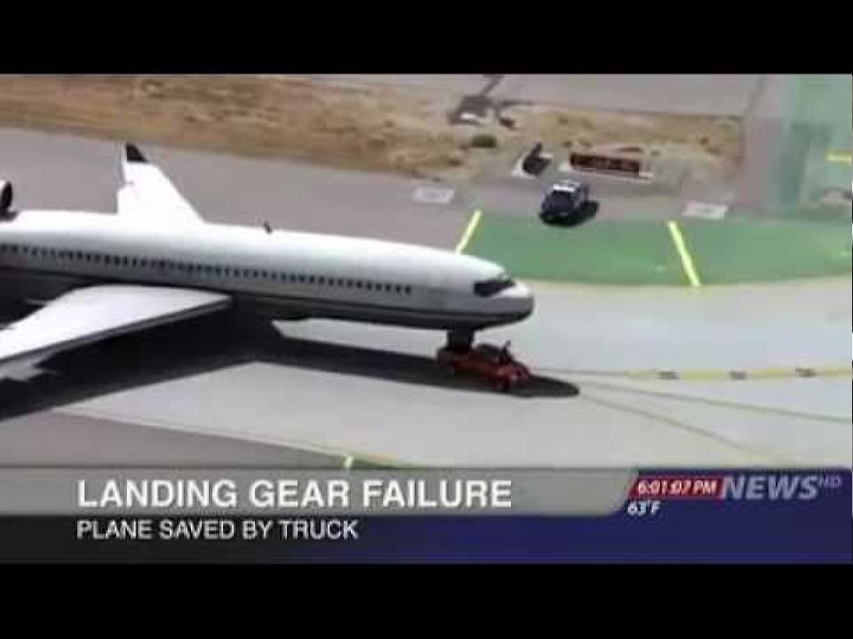 نيسان طياره - أعلى Plane Saved By Truck Lol Nissan Frontier Youtube ابتغاها